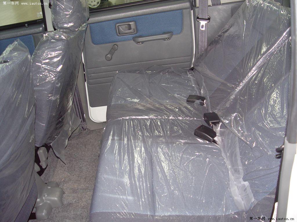 后排座椅空间-昌河铃木北斗星 维修费用 保养费用 北斗星俱乐部 车型高清图片