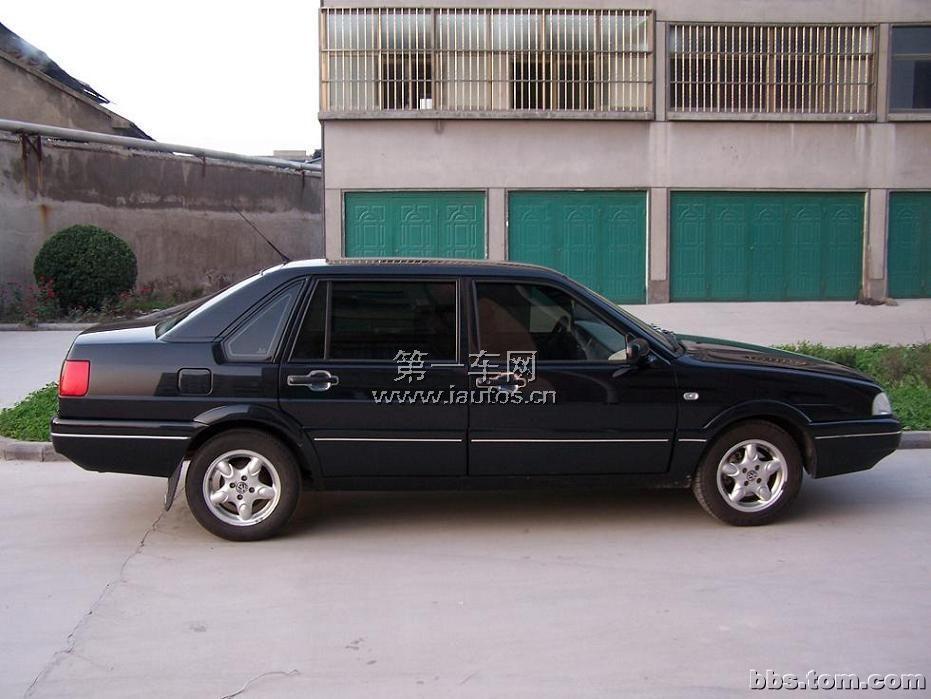 邯郸二手桑塔纳2000 1.8 MT时代超人 5.00万 2000款 1.8L 自动 中型车图片
