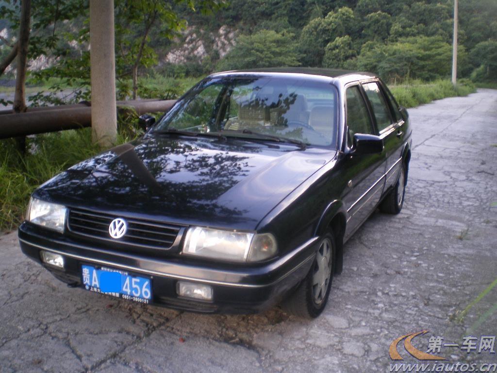 贵州二手桑塔纳2000 00年贵州二手桑塔纳2000高清图片