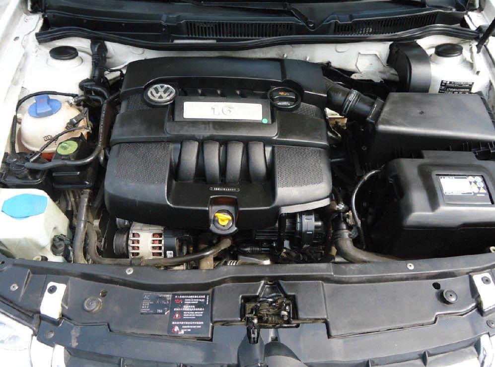 成都全国 2007年 宝来经典1.6-mt-2v豪华型hl-bwg发动机三厢(国Ⅱ)图片