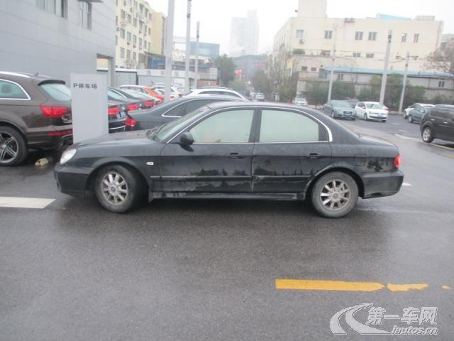 北京现代索纳塔9车里灯关不了怎么办