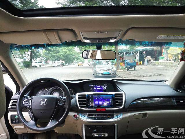 东莞长安镇二手雅阁本田2014款2.4L自动豪沃尔沃xc60车内地垫图片
