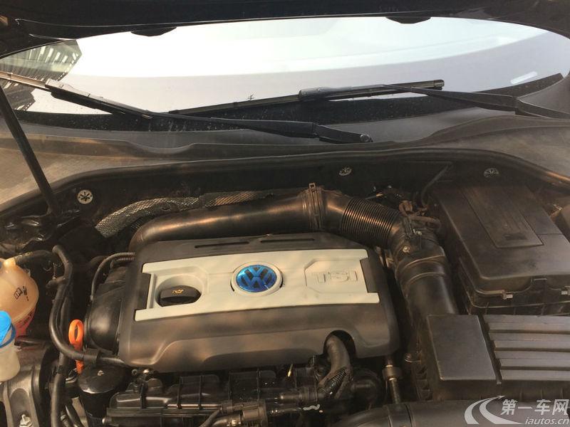 大众帕萨特 2014款 1.8T 自动 汽油 御尊导航版 (国Ⅴ)