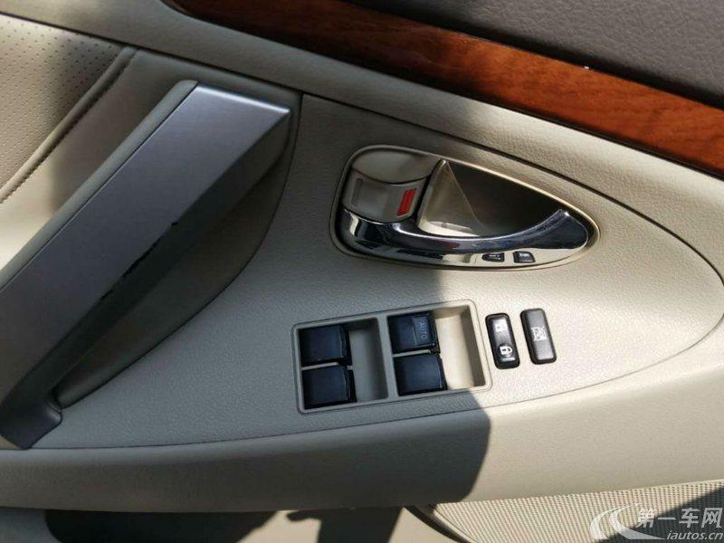 丰田凯美瑞 2010款 2.0L 自动 豪华型 (国Ⅳ)