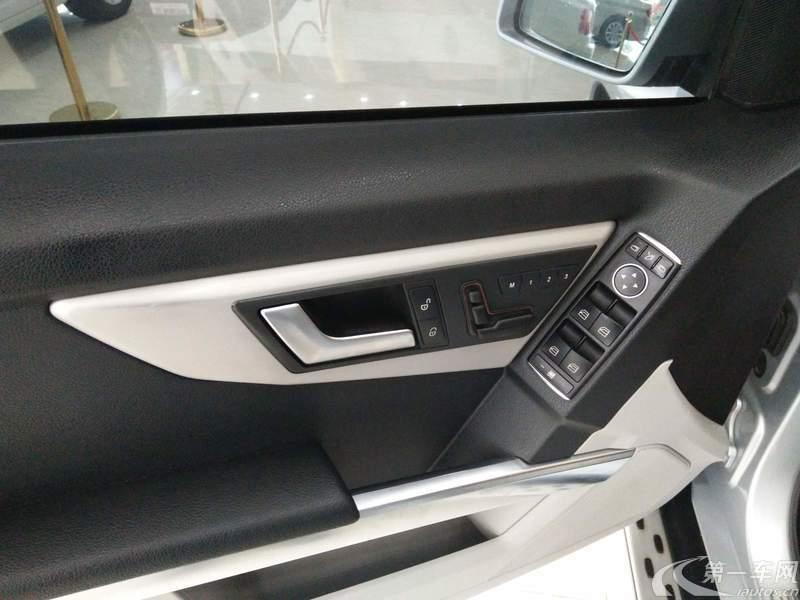 奔驰GLK GLK300 2013款 3.0L 自动 汽油 动感型 (国Ⅳ)