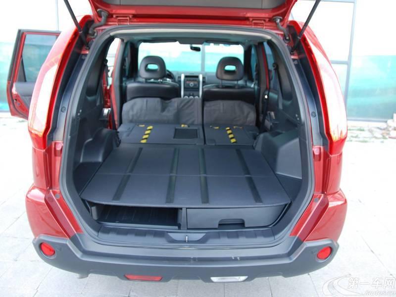 日产奇骏 2012款 2.5L 自动 四驱 豪华版 (国Ⅳ)