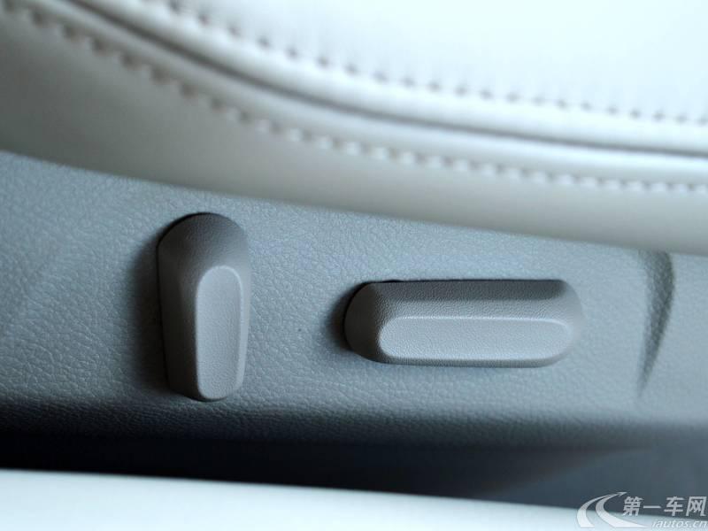 别克GL8 2014款 3.0L 自动 7座 GT豪华商务豪雅版 (国Ⅴ)