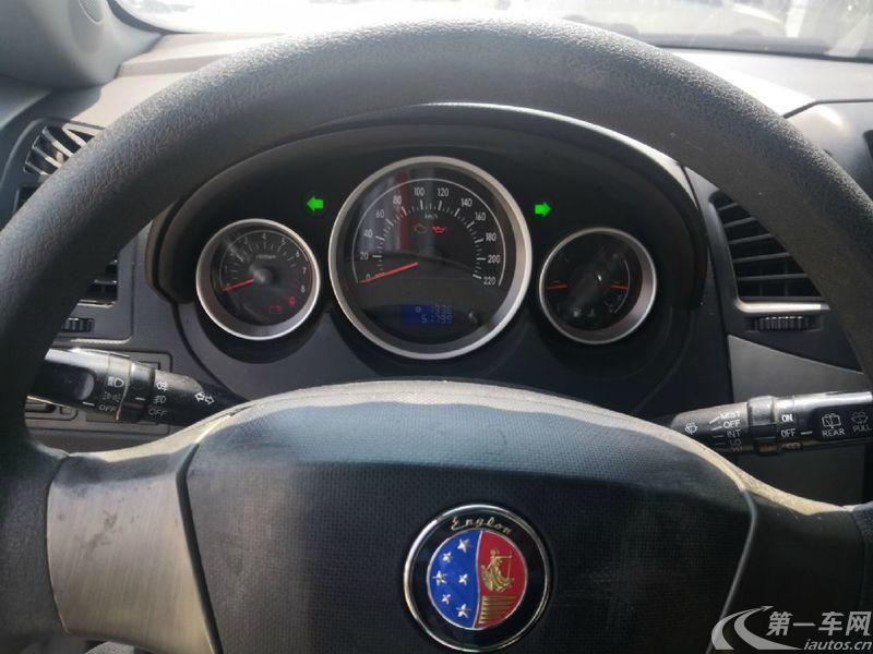 英伦SC5 2011款 1.5L 手动 5门5座两厢车 尚酷版 (国Ⅳ)