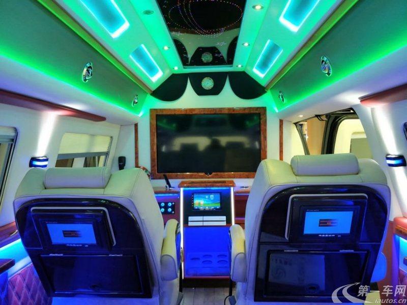 GMCSavana [进口] 2011款 6.0L 自动 7座 商务之星