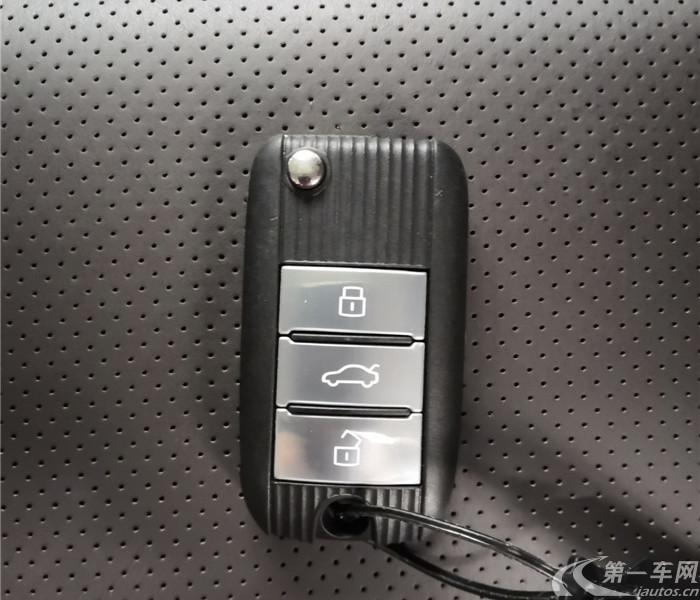 荣威RX8 2018款 2.0T 自动 四驱 30T旗舰版 (国Ⅴ)