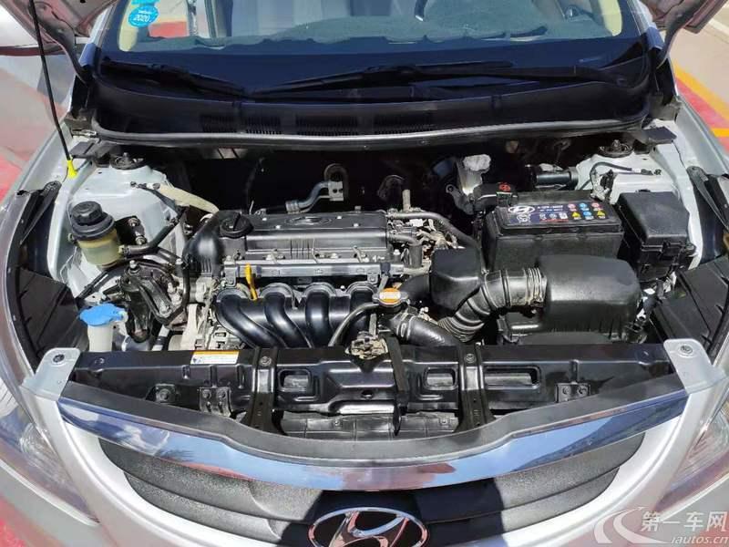 现代瑞纳 2010款 1.4L 手动 4门5座三厢车 标准型 (国Ⅳ)