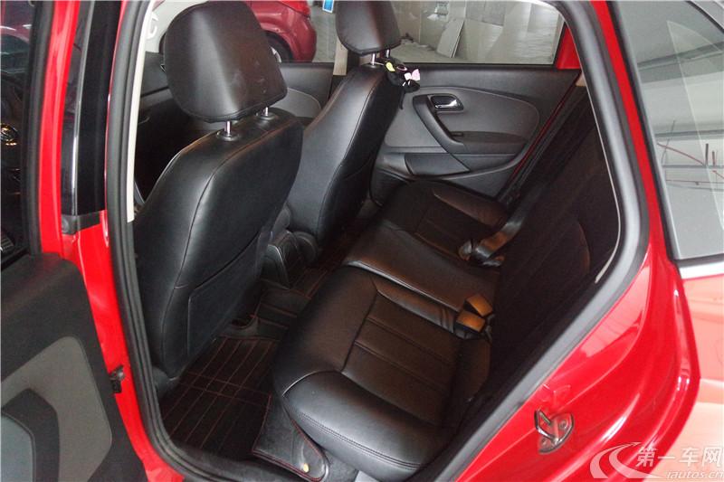 大众POLO Cross 2012款 1.6L 自动 汽油 (国Ⅳ)