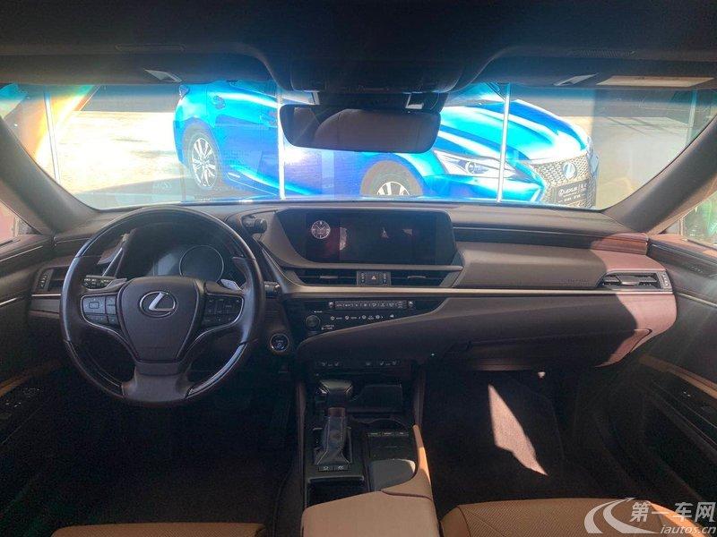 雷克萨斯ES 300h [进口] 2018款 2.5L 自动 卓越版 (国Ⅴ)